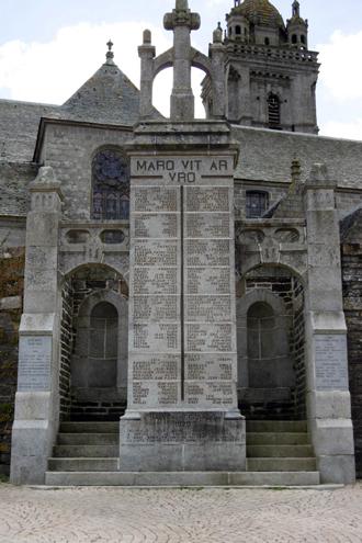 Monument aux morts de Saint-Thégonnec